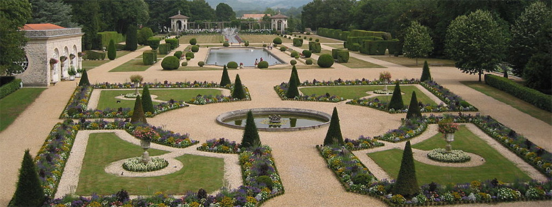 Villa Arnaga gardens